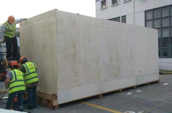 大型机械现场包装木箱